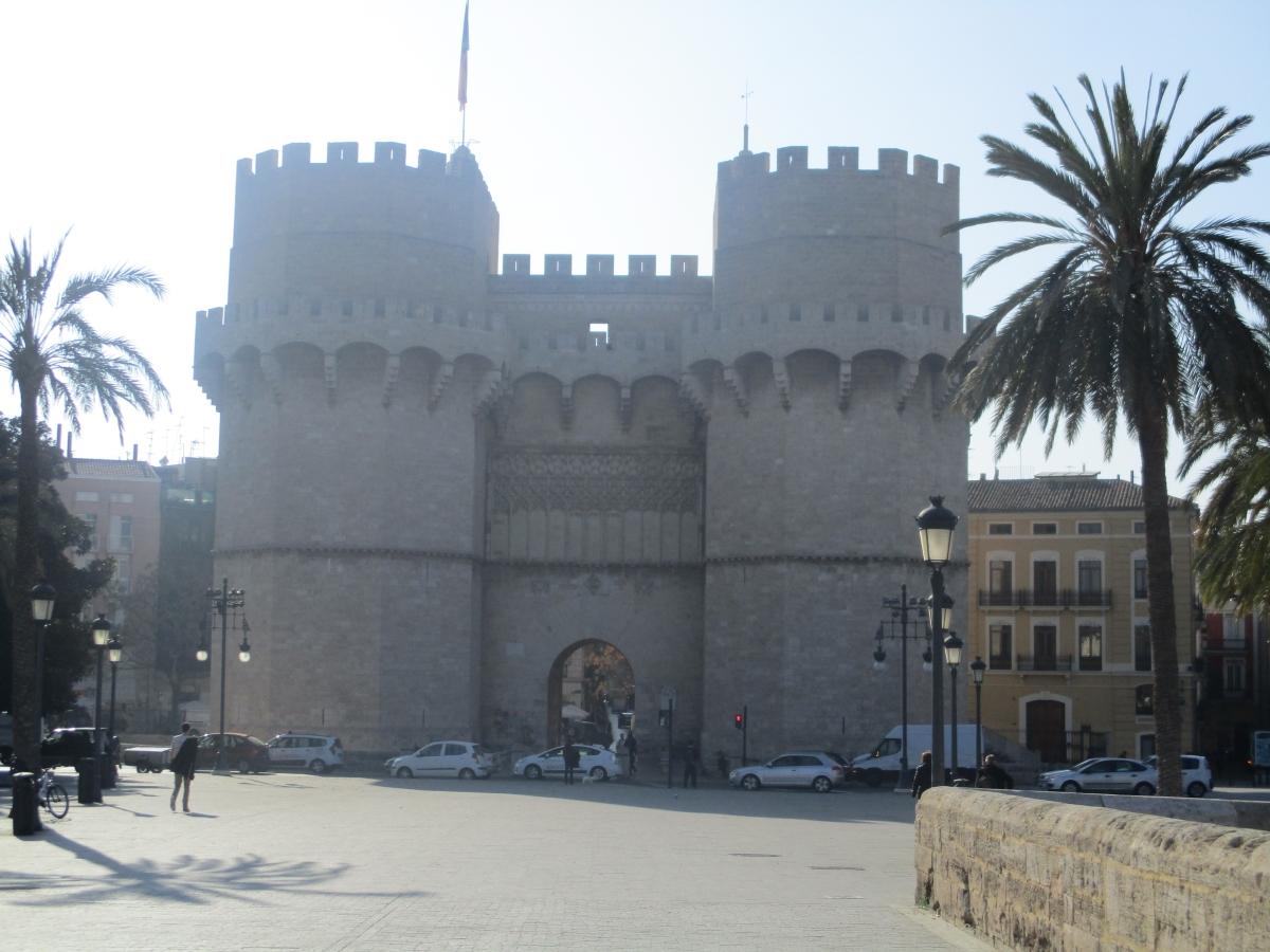The Serranos Towers y de Quart