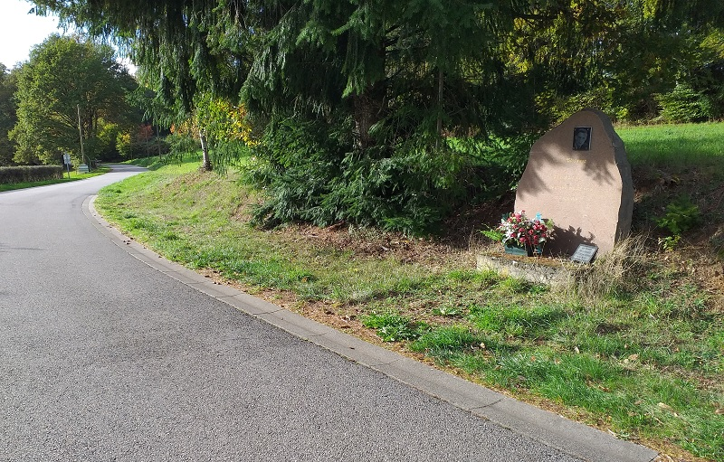 Grave Beside the Road (D991) at Neuvic, France