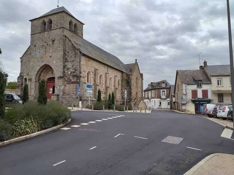 L'Eglise St-Etienne (Neuvic)